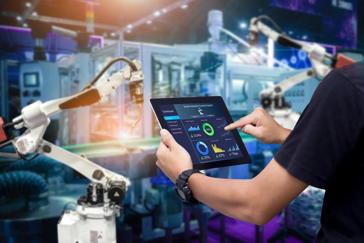 Human Manufacturing un'orchestra che crea armonia tra l'automazione e i lavoratori umani